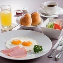 朝は洋朝食で元気に1日をスタート