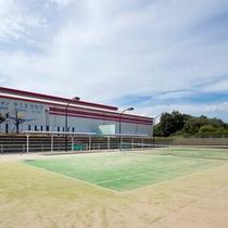 屋外テニスコート(昼)