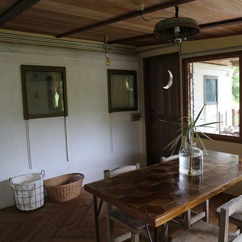 mattala キッチン入り口 月の玄館