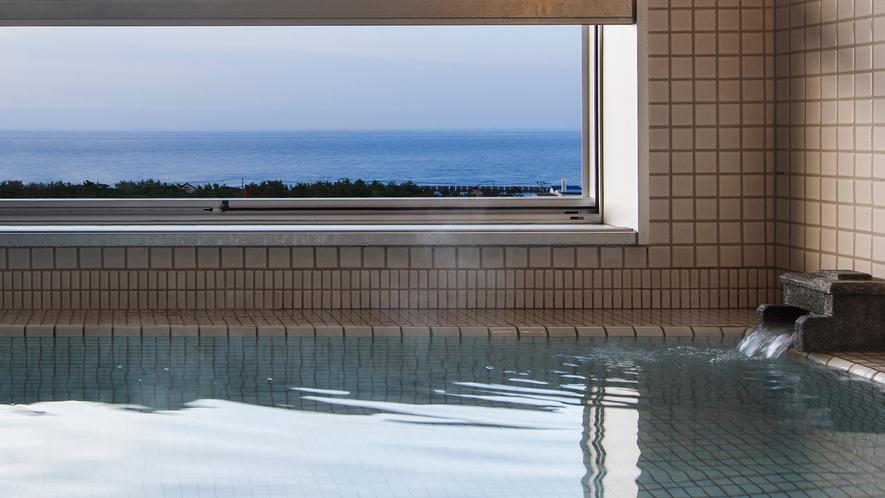 【大正ロマン 客室展望風呂】誰にも邪魔されずに過ごす贅沢な時間。