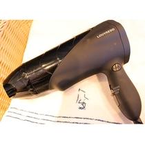【復元ドライヤ―】熱による蒸発に頼らずに髪を乾かす、髪に優しいドライヤーです。全室に完備しております