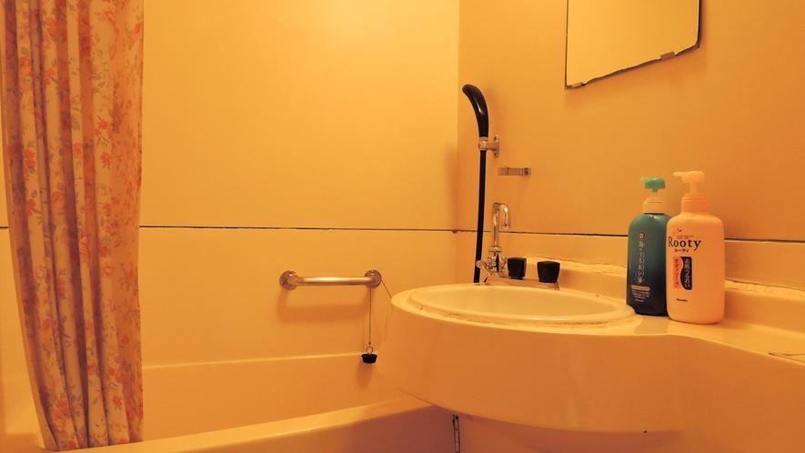 *客室バスルーム