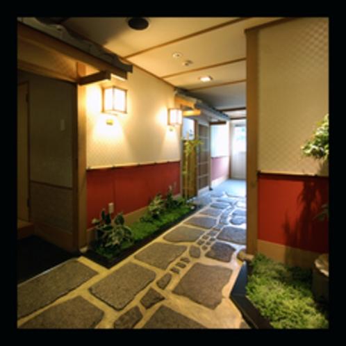 和の趣きが落ち着いた雰囲気の最上階客室