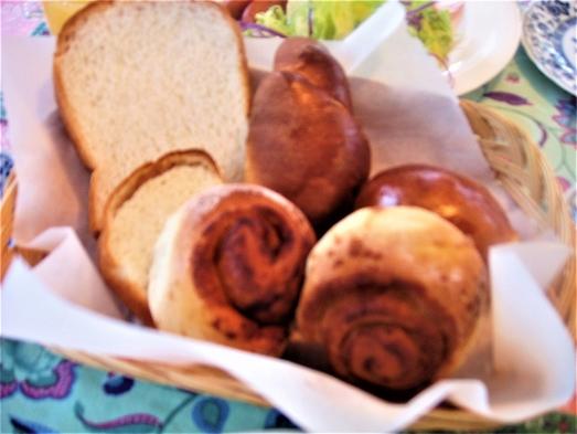 【ペット可】【B&B】20時までチェックイン可!本格ジャクジーの貸切♪爽やかな高原の朝に手作りパン♪