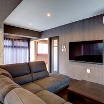 客室3LDK 高級ソファ&60インチTV