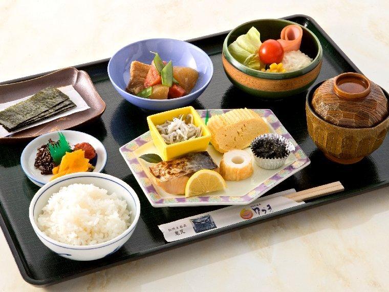 ※朝食は和食バイキングです。(おひとり様ずつのお膳になる場合もあります。)