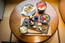 【夕食】Gensen cafeにて「牛鍋をメインとした季節の懐石料理」(18:00~20:00)