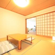 全てのお部屋に広々とした6畳~8畳の和室が付いております♪