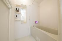 バスルーム(TV付き)