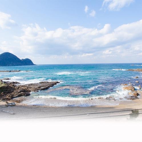 通称「海の音ビーチ」は徒歩10歩!