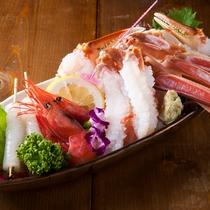一番左のプチプチは海藻エキスを固めたもの。食感が楽し見た目が可愛い☆