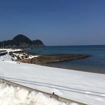 冬の竹野浜 宿からの眺め