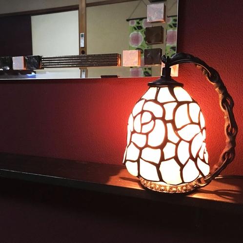 ランプやライトもこだわりポイント。わくわくを感じてもらえると嬉しいです☆