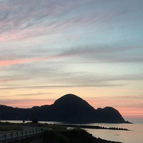 美しく染まるキューピー半島