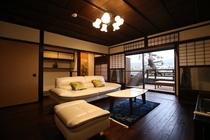 床の間のある格式高い洋室