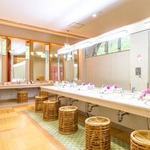 浴室棟2(脱衣場)