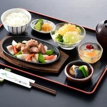 ビジネス御膳(サイコロステーキ)