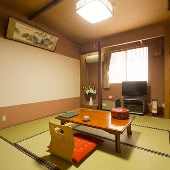和室8畳(インターネット利用可能)