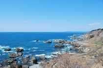 青森県十二湖付近で見た日本海。