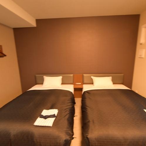 【客室】ツインルーム禁煙・120センチ幅ベッド×2台