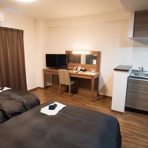 【客室】ツインルーム・広々スペースで荷物の置き場にも困らない♪