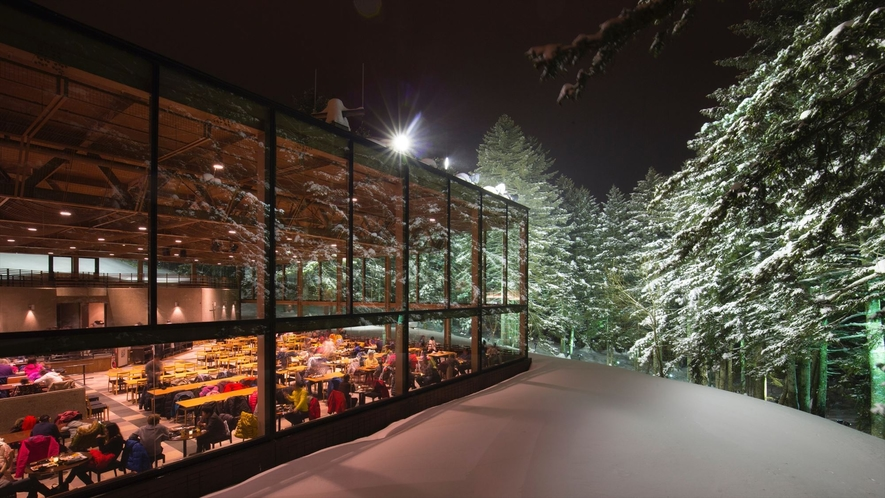 【森のレストラン ニニヌプリ】外観