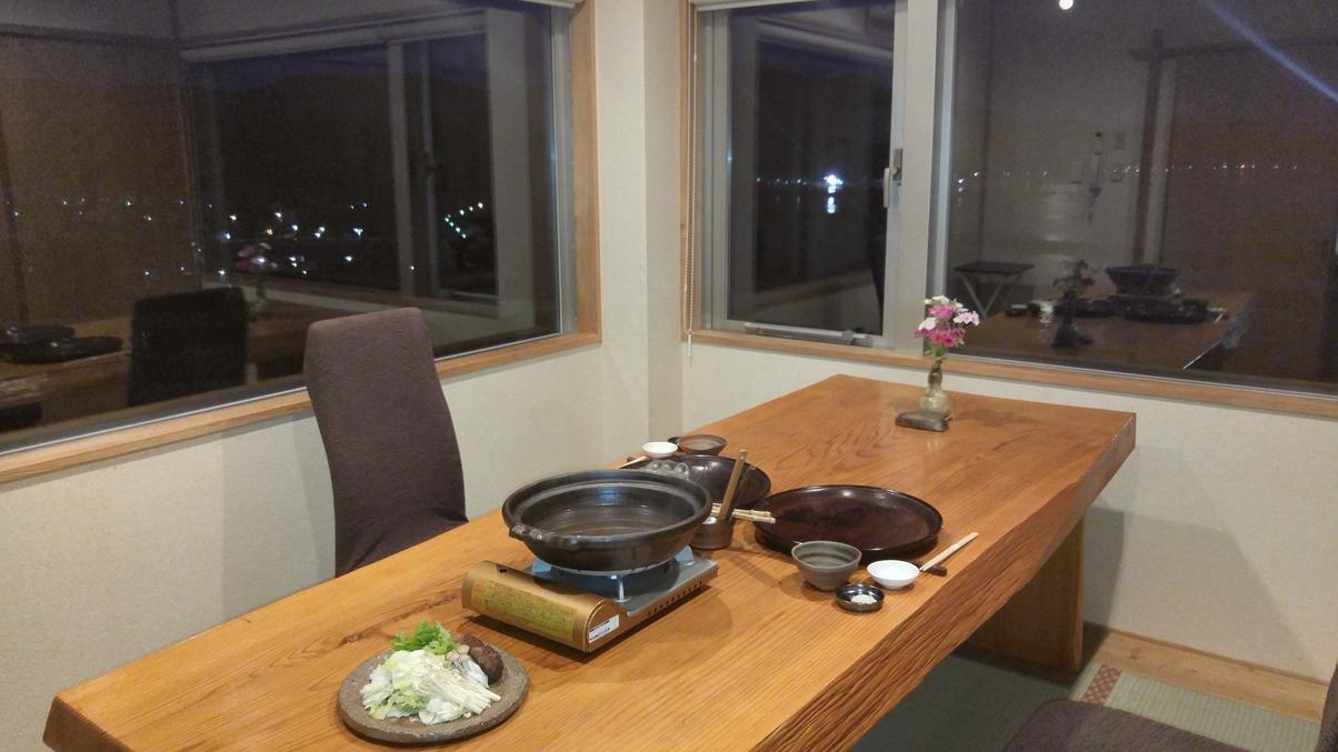 個室での夕食