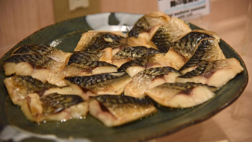 【朝食】サバの塩焼