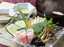 宮ノ下会席 ご夕食1例 箱根山麓豚のしゃぶしゃぶ