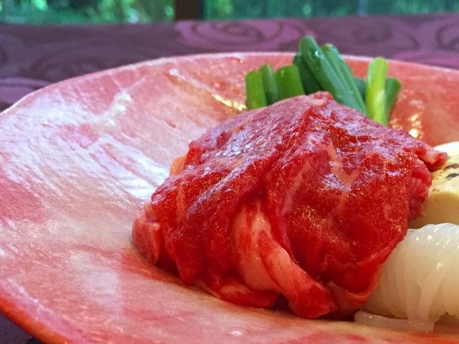 浪漫会席 ご夕食1例 足柄産和牛の牛鍋をメインに、ちょっとノスタルジックな風合いのメニューです