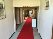 一階の廊下1