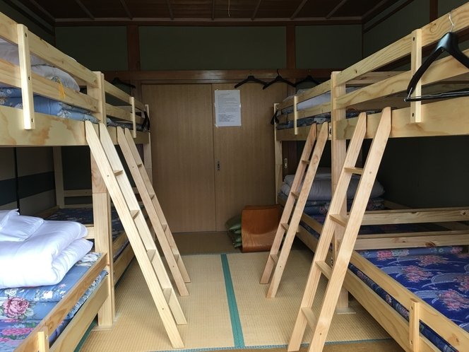 エアコン付8人室1