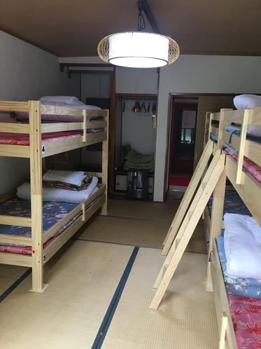 エアコン付6人室