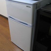 全室2ドア冷凍庫付冷蔵庫完備!長期滞在でも安心!
