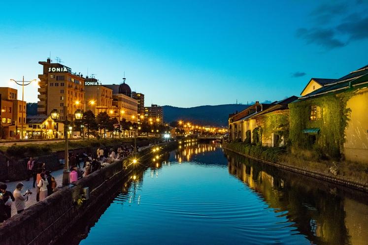 夕方の小樽運河