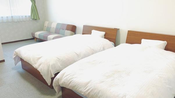 洋室ツインルーム 全室ユニットバス付18平米〜23平米