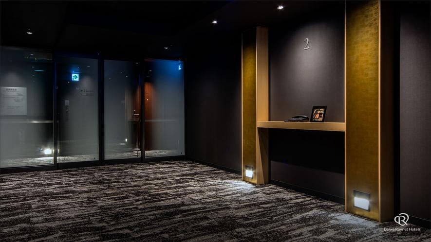 エレベーターホール_2階