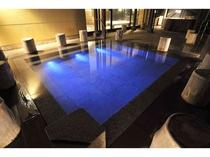 17種類全てのお風呂が、湯の花舞う 湯量豊富な「源泉100%掛け流し」となっております。