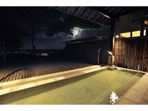 天空露天風呂(夜)