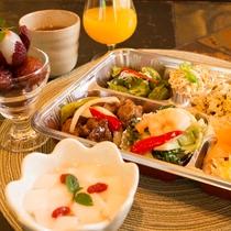 当館と提携しております、中国北東部家常菜「王府井」さんの自家製弁当です。