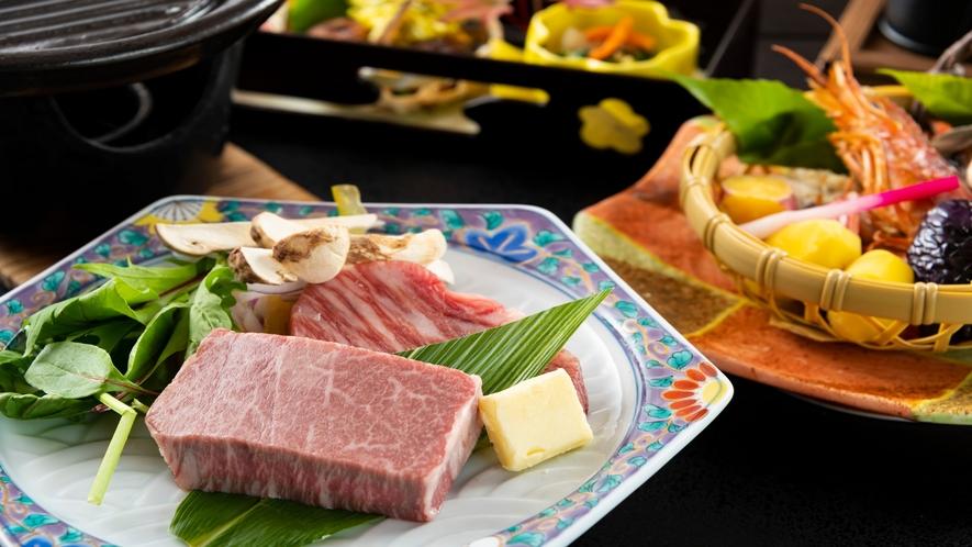 福井ブランド「若狭牛」をヒレとロースの食べ比べがメインの、秋の極上会席をご堪能ください。