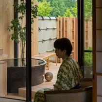 露天風呂付客室・窓際2