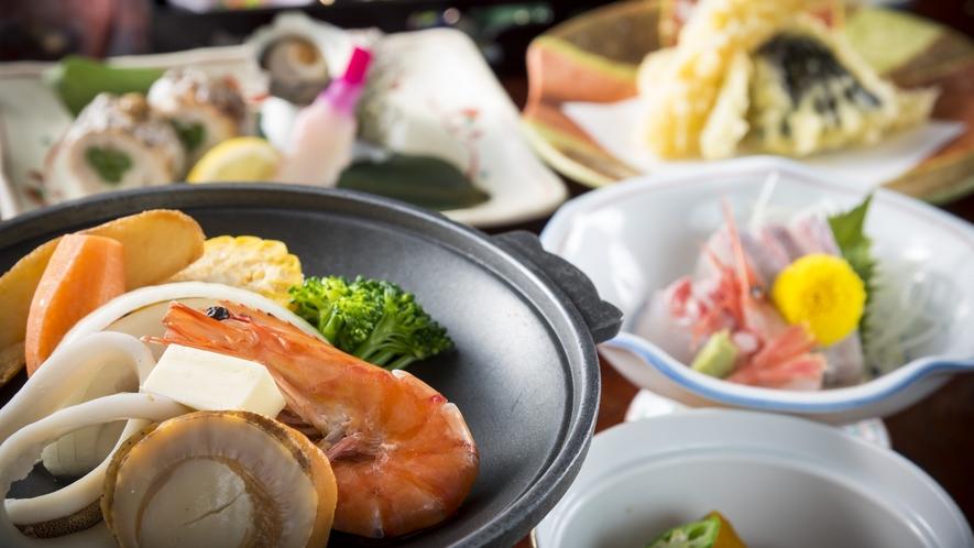 地元の食材を中心に厳選した海山の幸を堪能できるお任せ会席イメージ