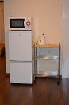 キッチンセット(冷蔵庫、レンジ、電気ケトル)