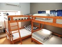 room4 ドミトリーミックス