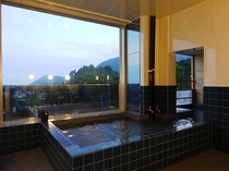 大浴場「海峡の湯」