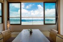 諏訪湖一望の客室
