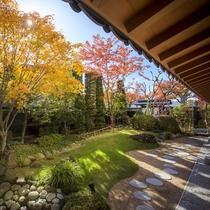 ■秋の庭園