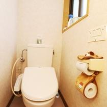 施設 共用トイレ