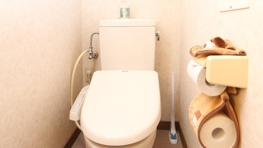 16:9_施設 共用トイレ